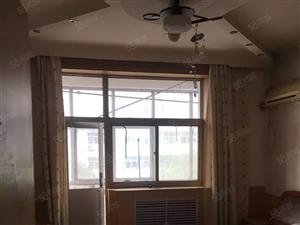 工商银行家属楼三室两厅132平,48万