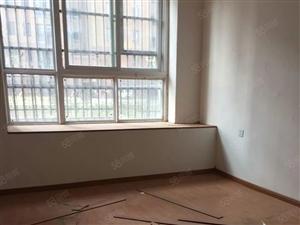 正基领尚城3室2厅110平方简装修1000元/月随时入住