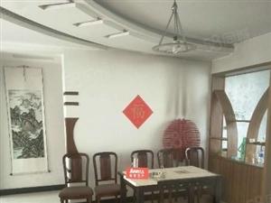 阳光公寓中间楼层精装三居赠仓房有房本