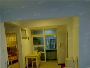 锦绣银城精装婚房三室三室两厅,136平,拎包入住。