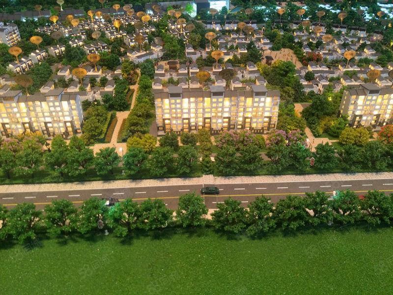 景观板楼首付16万新城区瑷珲公园旁带学位