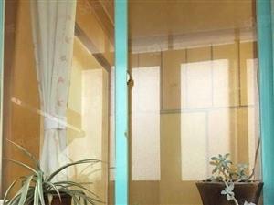 石化游泳池集资房76平业主工作调动急售18万