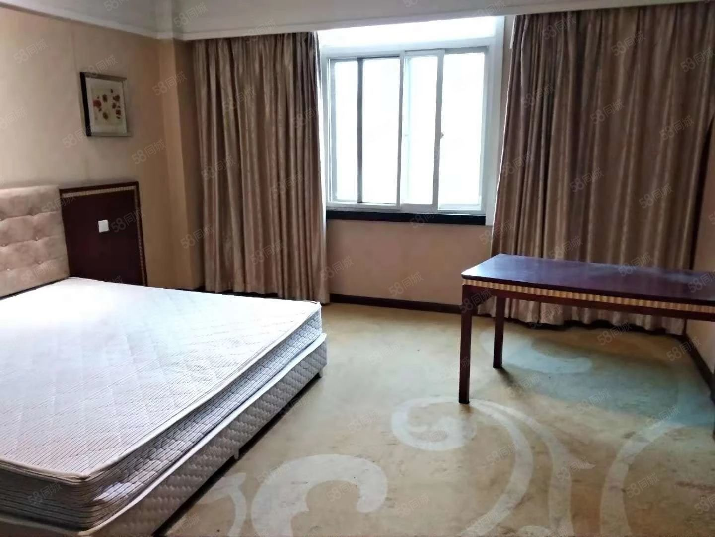 黄四渤七阳光假日酒店精装公寓管理严格居住舒适