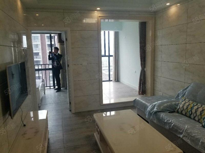 金山角精致公寓�H2套全新�b修