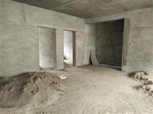 毛坯5楼145平米双证27.8万新国土局附近