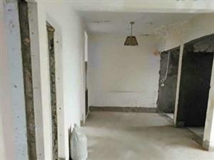 兰琪附近公安局宿舍4楼120平米三室两厅有储有车位精装修