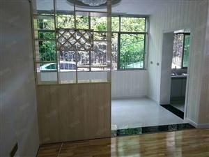 滨江花园,二室半两厅,精装修拎包入住