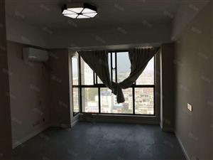 市中心地段单身公寓已装修