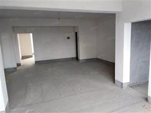 武圣苑毛坯房3室2厅2卫,户型好,视野宽光线足