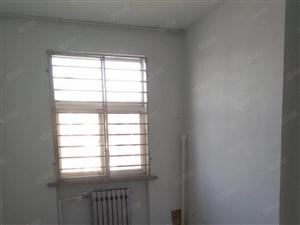 东城府前小区三村4楼2室,实验房年租1.2万