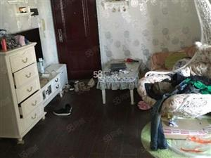 整租西城香山一室一厅(精装修+家具家电齐全+拎包入住)
