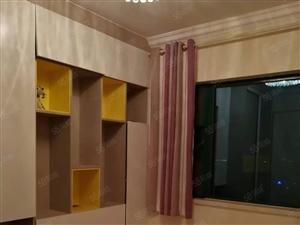精装2房,采光充足,可洗衣做饭,交通便利,家具家电齐全