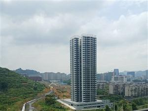 《意家房产》经开区滨江花园四室两厅出售