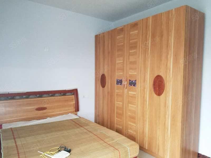 南门南津桥1室1厅整租家具家电齐全