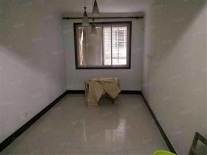 龙泉中学学区房三室两厅出租