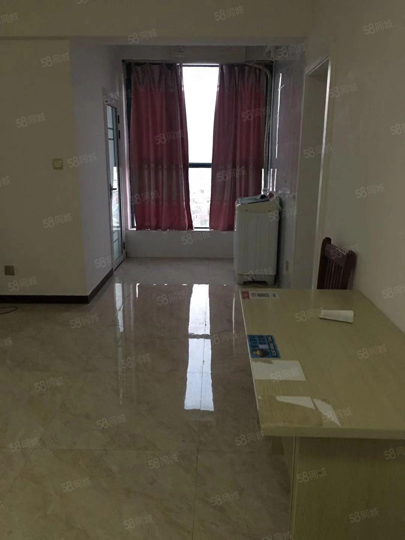 超高性价比馥泽园精装大一室一厅拎包入住看房有钥匙