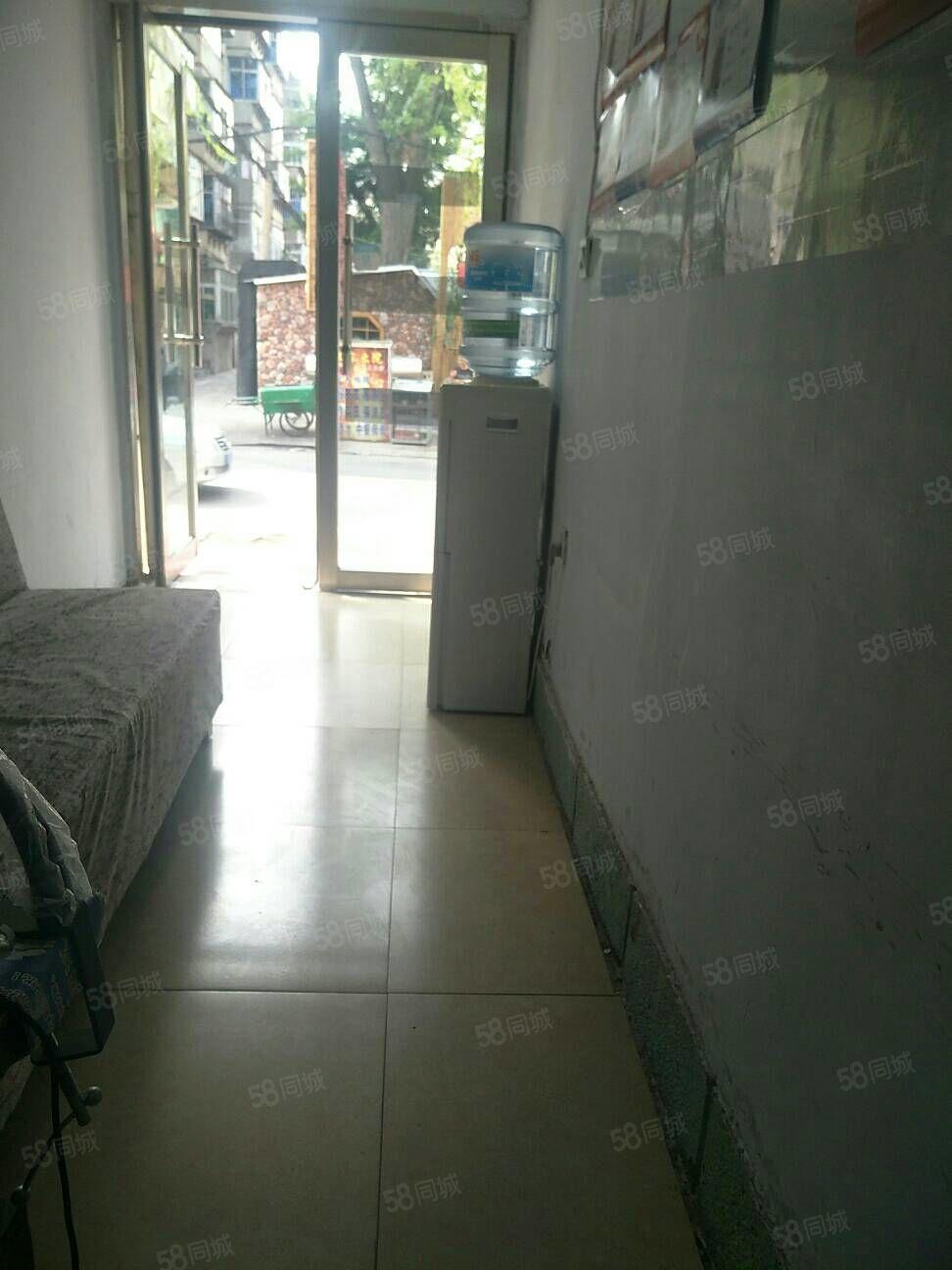 出租天发小区3楼80平两室设施齐全月子1200元
