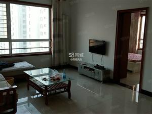 龙城7090精装2室,内有全套的家具家电,实图,看房方便