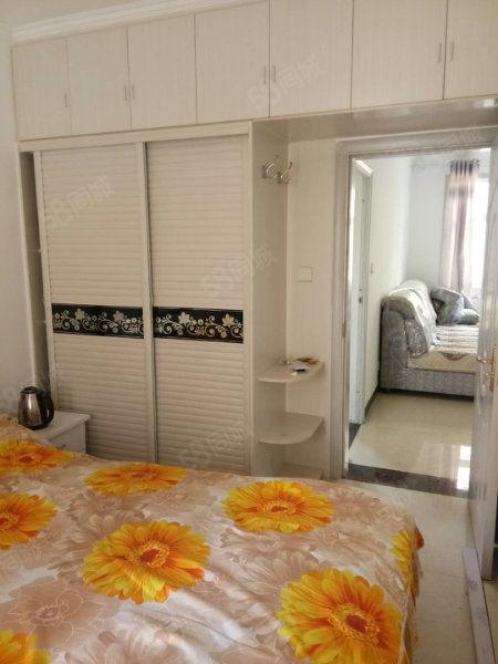 急售新汽车站附近1室1厅1厨1卫精装新房