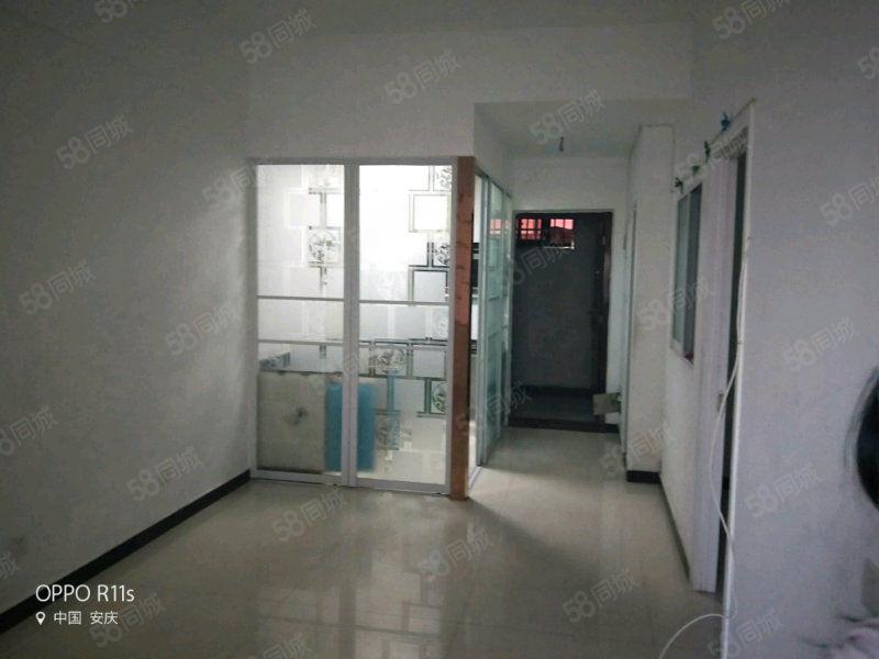 该房位于潜阳路电影院附近电梯楼属于县城中心周边配套齐全