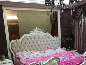 德义酒店银基王朝豪装四房出租随时可以看房