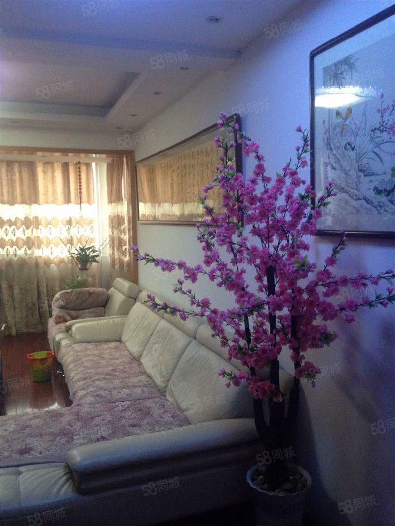 送露台实用面积260平秀江外滩精装修复式楼城南高档小区