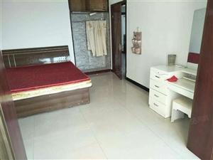 明月豪苑一期3室2厅2卫124.00平米