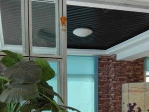 南区一桥桥头2楼办公场所租!整体面积190平米精装修!