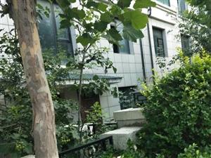 海通港城花园82平两室两厅五楼,装修带家具35万