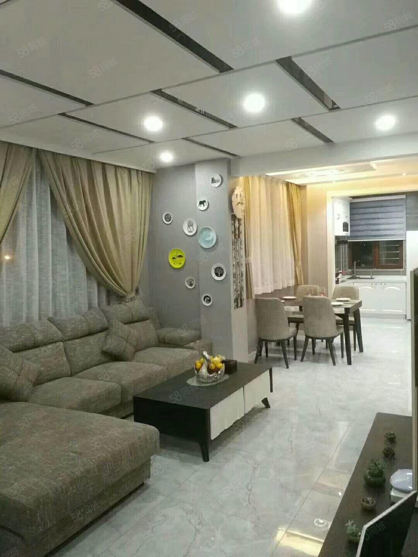 香槟庄园3楼85.7平45.5万拎包入住可贷款新装修未住