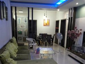 冠山花园精装三室优质楼层房屋出租