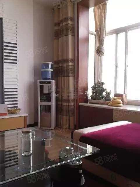 裕江花苑(江景房)3室2厅2卫