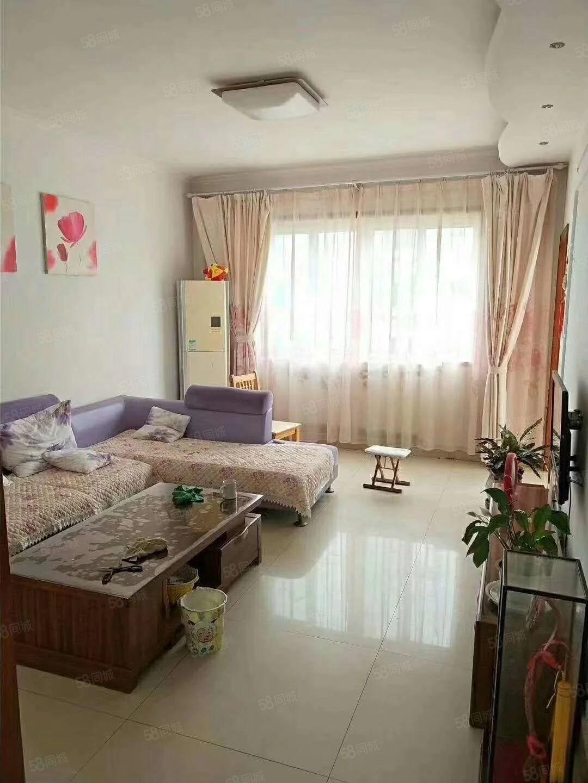 怡海小区、精装120平三室带家具家电、带储藏室、随时看
