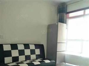 新芒果精装三室大床房,拎包入住,随时看房.