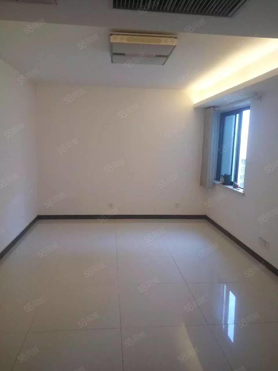万丰慧城,111平米3室2厅,有房本产权清晰,直接过户不冒险