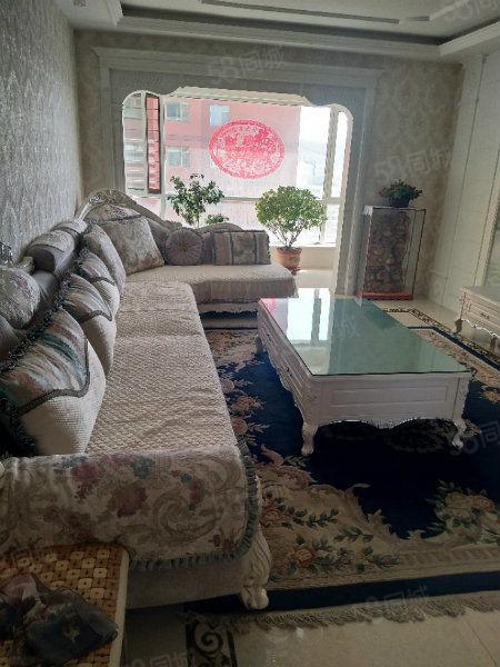 润泽园房,豪装带家具,南北通透,小区环境好