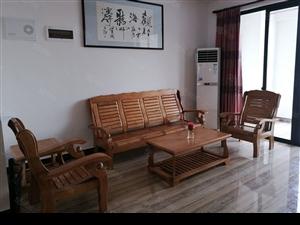 广源国际高档小区3室2厅精装电梯房2300