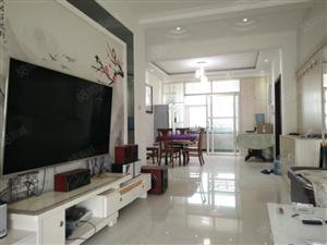 东方名居3室2厅130平米精装地暖38万