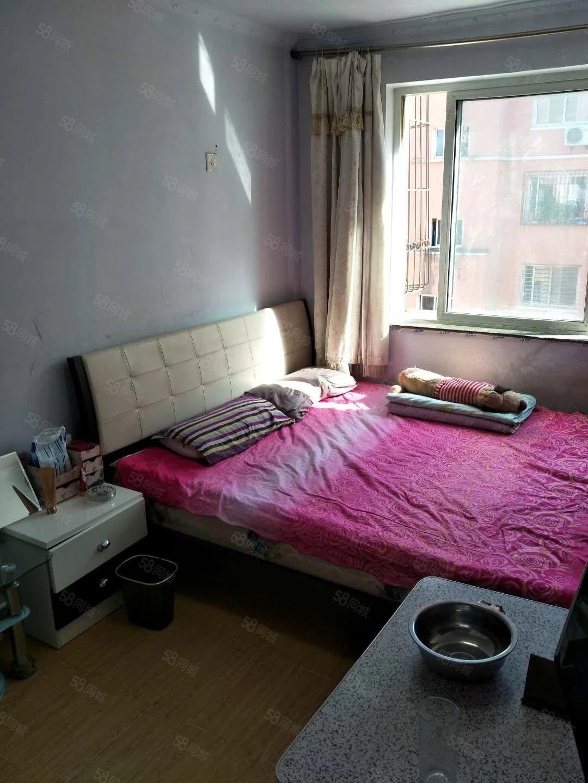 工学院附近5楼宽带热水水器,洗衣机,家具,干净明亮900元
