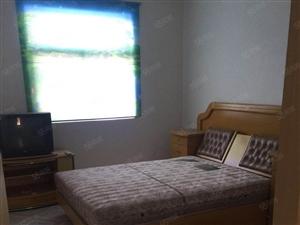 五小附近两室半一厅设备齐全拎包入住