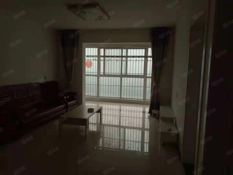 百花路南段水岸沱滨三室两厅拎包入住