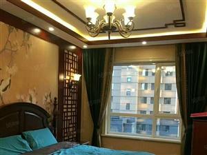 鑫科国际4楼128平88.8万,两室一厅,物品全带,全款交易