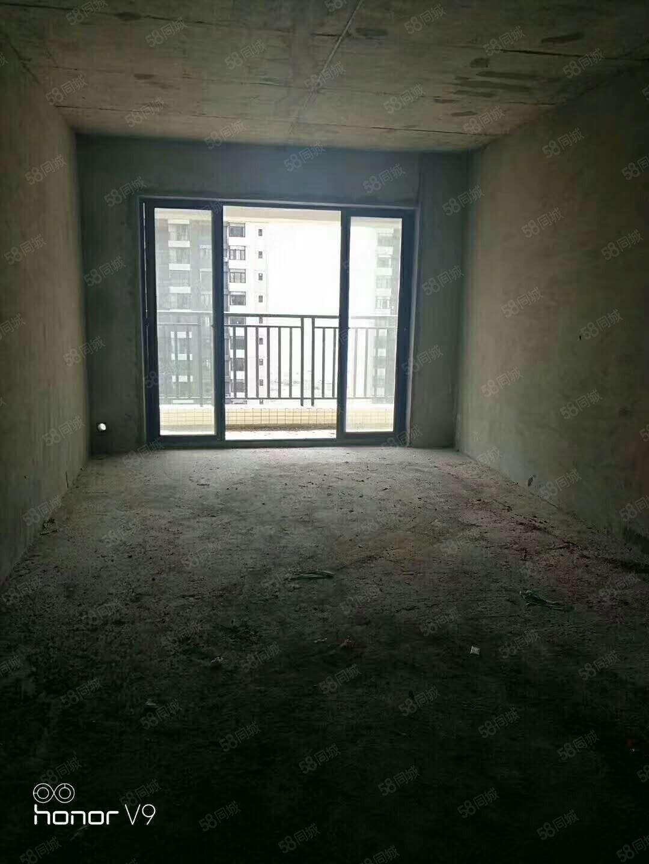 电梯房致富名居电梯房113平3房一口价只要45.8万