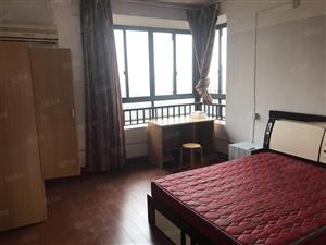 鑫旺房产房源翡翠城13楼3室2厅2卫简装
