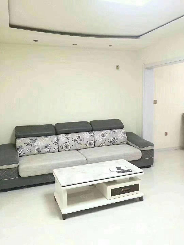 天星5楼,74.72平,三室,新装未住,全屋硅藻,一小学区