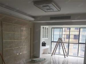 幸福里电梯房五楼三室二厅二测一厨,117平方,急售60.8