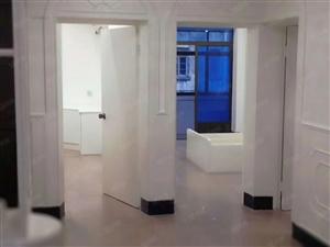 花园小区两室半一厅家电齐全拎包入住3楼
