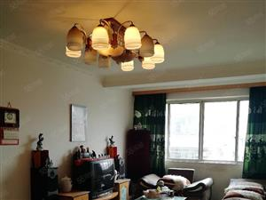 临江小区房东支持棚改户买房3室2厅2卫实际125平方拎包入住