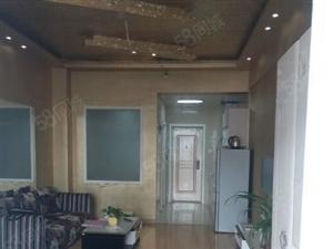 冠亚公馆精装修高档公寓拎包入住1300元有钥匙南向