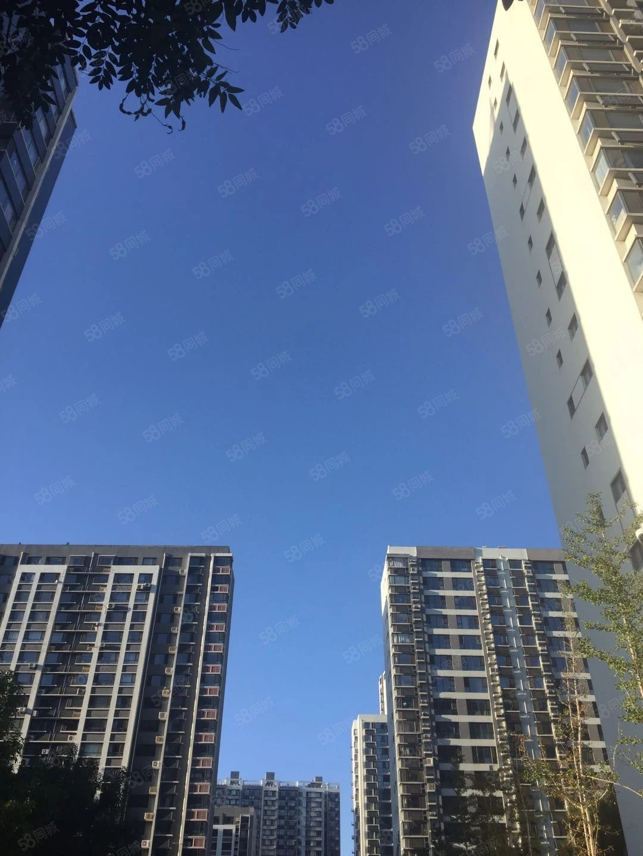 彩龙国际D座商贸城3楼68平米好位置售40万